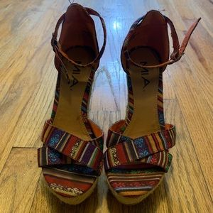 Rainbow wedges